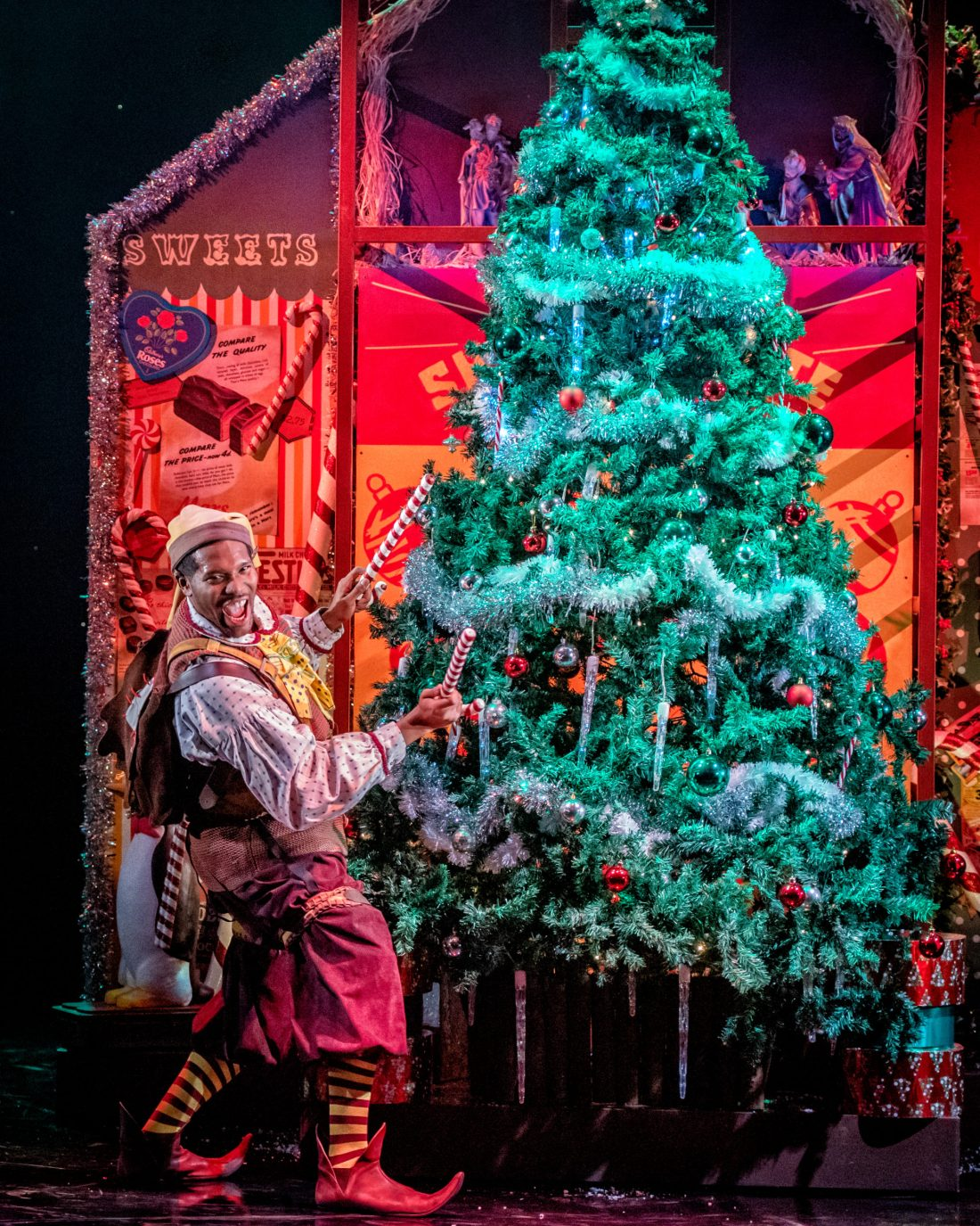 Lladel-Bryant-Elf-in-The-Night-Before-Christmas-at-Leeds-Playhouse.-Photographs-by-Anthony-Robling-3-scaled